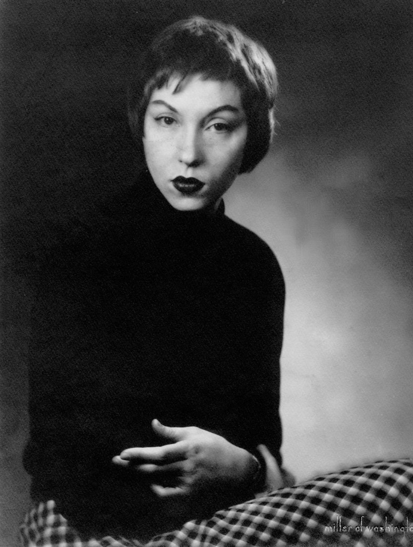 """Becoming"": Notes on Clarice Lispector's ""secret life"""